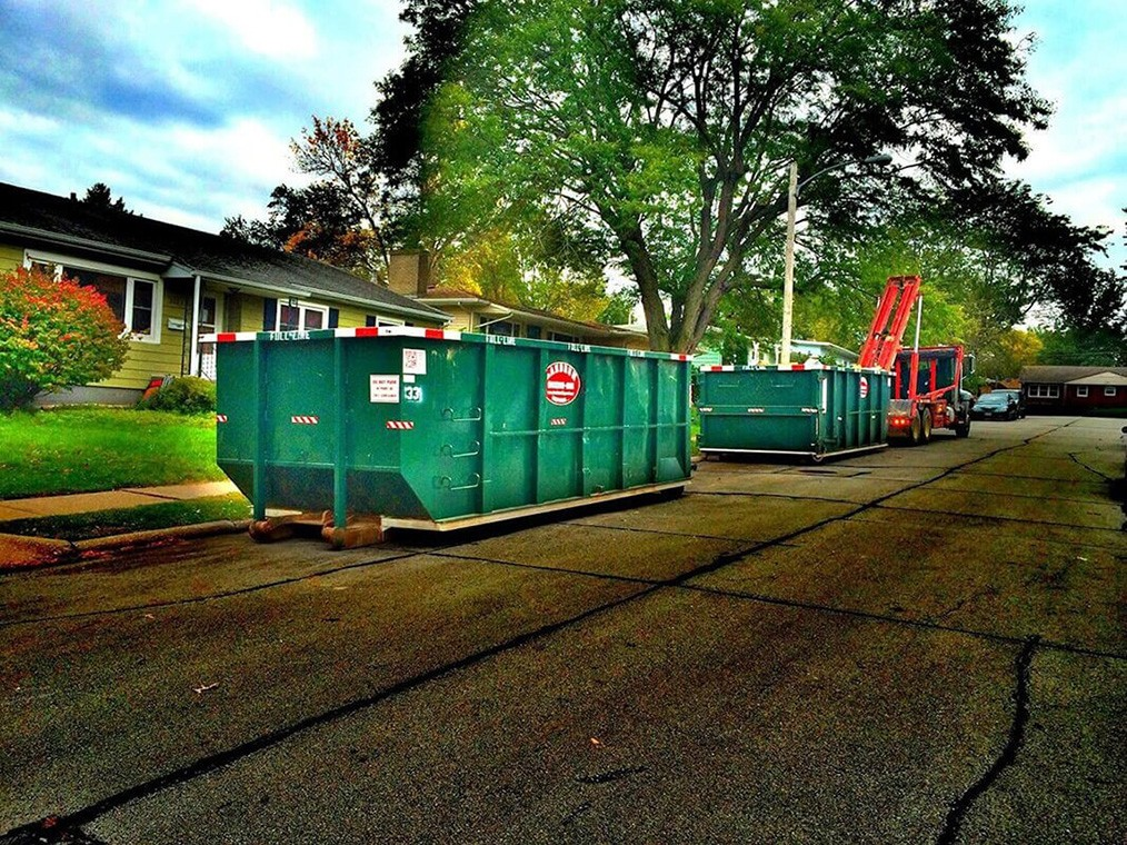 Commercial Dumpster rental services-Savannah Dumpster Rental & Junk Removal Services-We Offer Residential and Commercial Dumpster Removal Services, Portable Toilet Services, Dumpster Rentals, Bulk Trash, Demolition Removal, Junk Hauling, Rubbish Removal, Waste Containers, Debris Removal, 20 & 30 Yard Container Rentals, and much more!