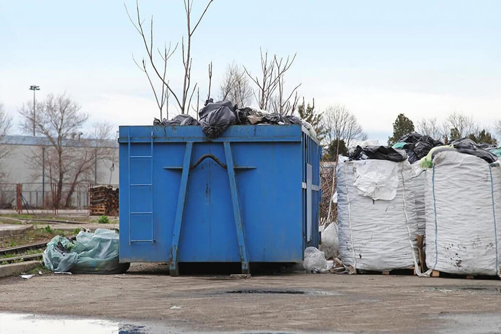 Contact Us-Savannah Dumpster Rental & Junk Removal Services-We Offer Residential and Commercial Dumpster Removal Services, Portable Toilet Services, Dumpster Rentals, Bulk Trash, Demolition Removal, Junk Hauling, Rubbish Removal, Waste Containers, Debris Removal, 20 & 30 Yard Container Rentals, and much more!
